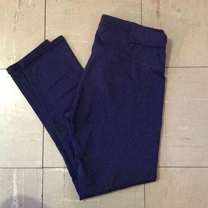 Purple Fabletics ankle length leggings